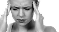 Migrenele sunt dureri cronice ce se pot întinde pe toată durata vieții și sunt asociate cu stări de greață, ameţeală și cu scăderea puterii de concentrare. Vezi cum poţi scăpa de ele în mod natural!  Atunci când simți că nu mai poți scăpa de aceste teribile migrene, încearcă următoarele metode naturale, ca alternativă la medicamente:
