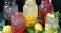 Următoarele 5 reţete reprezintă de fapt alternative sănătoase, naturale, viu colorate şi delicioase de înlocuire a sucurilor din comerţ.