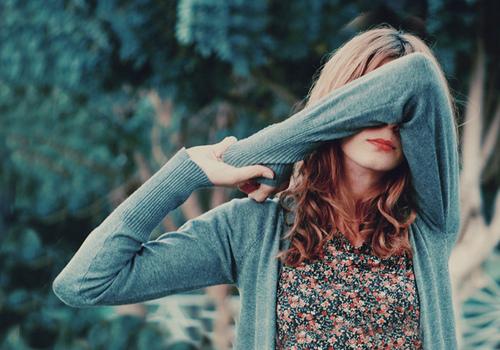 Comentariile negative devin tot mai răspândite, mai ales în mediul online. Ce trebuie să faci ca să nu te afecteze?