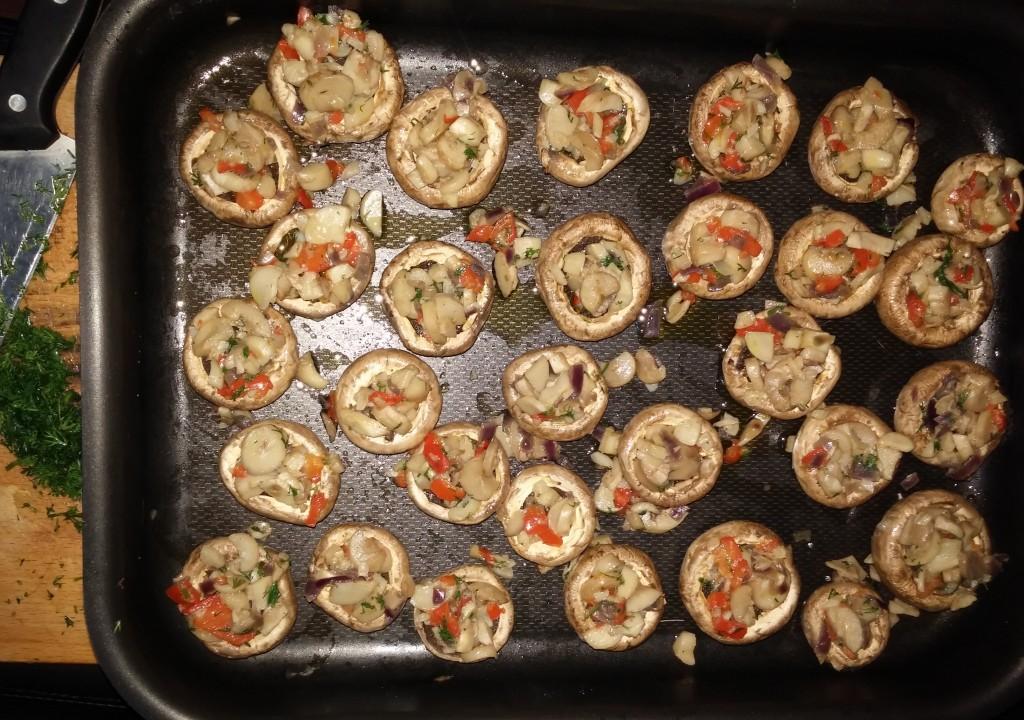 Ciuperci umplute cu legume - rețetă de post4