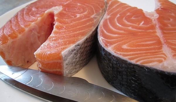 Fie că este dezlegare la pește sau pur și simplu dorești să mănânci mai sănătos, trebuie să te asiguri că peștele pe care urmează să-l cumperi este proaspăt! Iată cum!