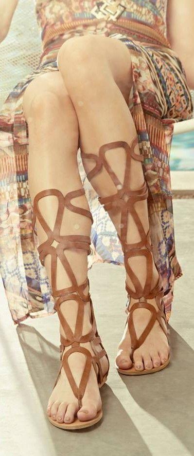 sandale gladiator in tendintele verii 2015-16-www.degenfeminin.ro