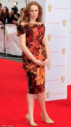 Catherine Tate tinuta neinspirata la gala Bafta