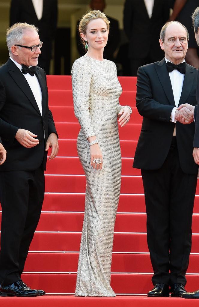 Emily-Blunt tinuta Cannes