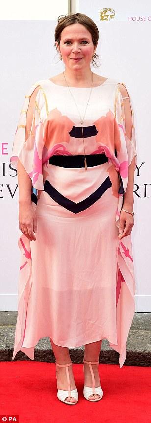 Jessica Hynes tinuta neinspirata le premiile Bafta