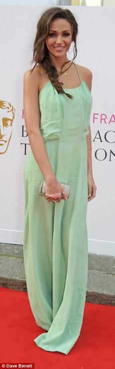 Michelle Keegan tinuta neinspirata la premiile Bafta