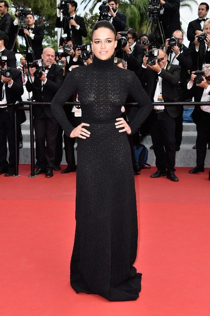 Michelle-Rodriguez tinuta Cannes