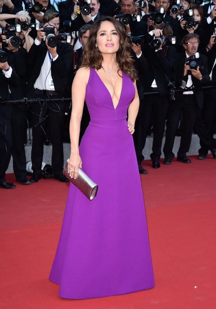 Salma-Hayek tinuta Cannes
