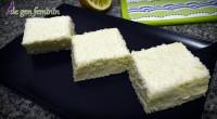 Prăjitura Albă ca zăpada este cu siguranță unul dintre cele mai apreciate deserturi ale copilăriei noastre. În articol vei găsi reţeta video cât şi descrierea scrisă.