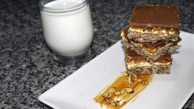 Această rețetă video este ideală pentru iubitorii de caramel și nucă.