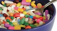 """Medicii din Marea Britanie trag un serios semnal de alarmă pentru cei ce obişnuiesc să suprautilizeze antibiotice. Aşa-numiţii """"supermicrobi"""", foarte rezistenţi la orice tip de antibiotic vor aduce progresul medical în urmă cu un secol."""