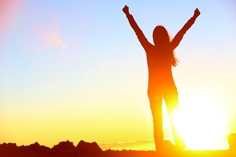 De ce spun asta? Pentru că ți-ai demonstrat-o de atâtea ori! Acest articol te va ajuta să capeţi mai multă încredere în tine și te va face să îți privești reușitele cu alți ochi! în acest fel vei realiza cât de puternică eşti de fapt!