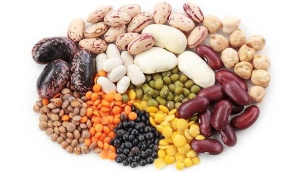 Pe lângă faptul că ne ajută să slăbim sănătos, fibrele țin și bolile grave la distanță. Află care sunt alimentele cu cel mai mare conținut de fibre.