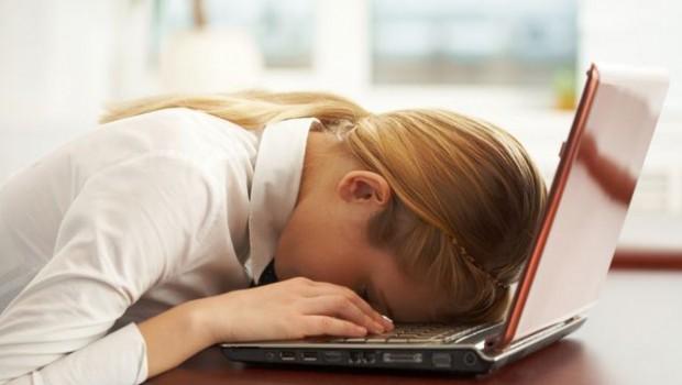 Lipsa de energie te sabotează şi nu te lasă să-ţi desfăşori activităţile? Iată care sunt alimentele care pun oboseala pe fugă!